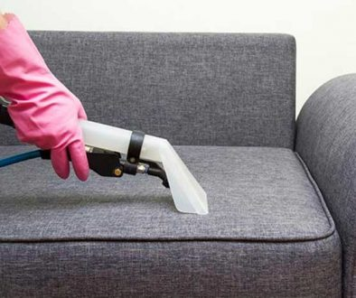 comment-bien-nettoyer-canapé-tissu