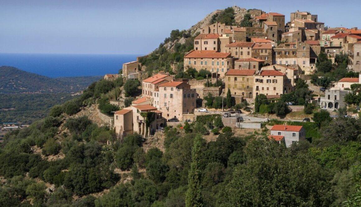 Quel budget hébergement pour des vacances en Corse